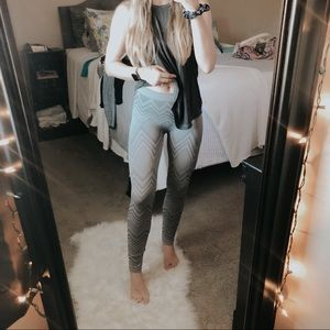 JJ Authentic Gray Patterned Knit Legging Tights